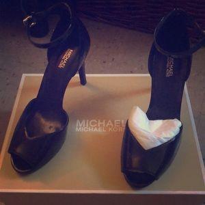 Michael Kors Cambria Sandal Patent